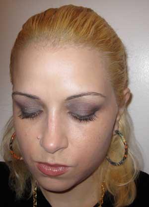 Me-wearing-nars-lhasa-eyeshadow